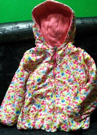 Куртка весна -осень на девочку 3-х лет.