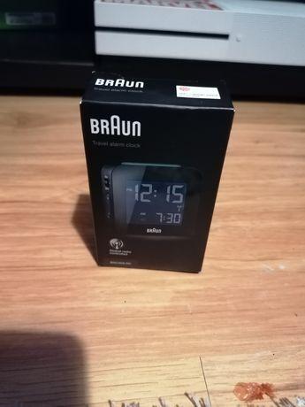 Braun, budzik sterowany radiowo.