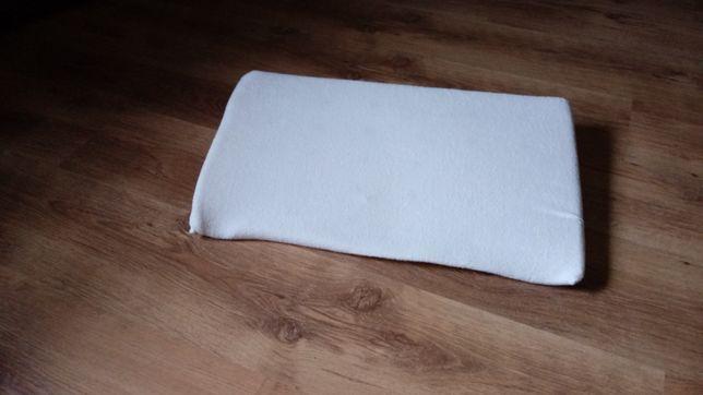 Klin- poduszka do łóżeczka