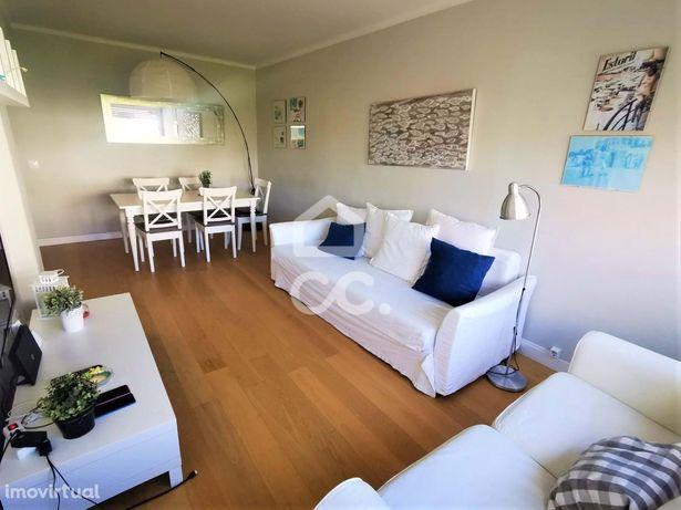 Apartamento T2 impecável para arrendar no Monte Estoril mobilado!