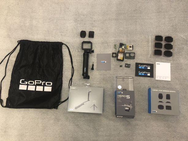 GoPro HERO 5 Black (CHDHX-501) + акссесуары
