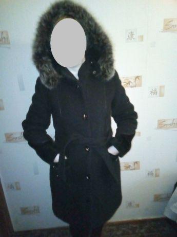 Продам пальто шерстяное демисезон-зима
