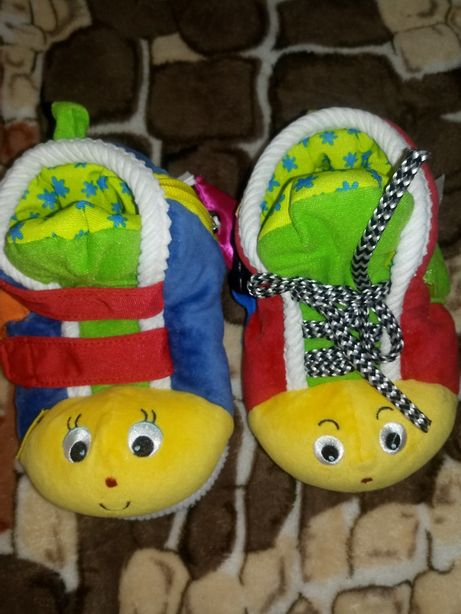 Продам развивающие ботиночки K's kids