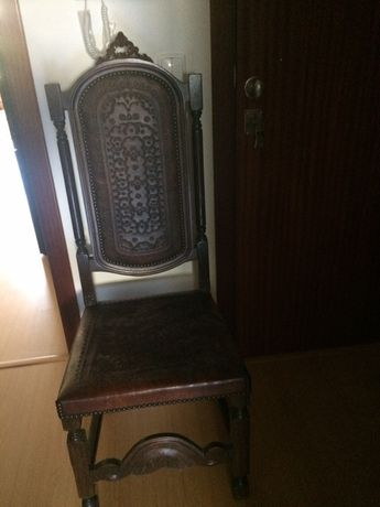 Cadeira em pele