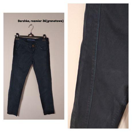 Granatowe spodnie Bershka rozmiar S
