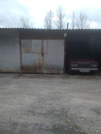 Сдам гараж, место на стоянке.