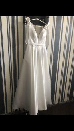 Оригинальное платье по цене проката