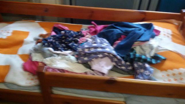 Zestaw ubran dla dziewczynki w roz.122