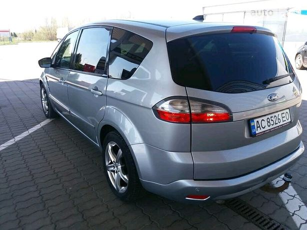 Ford s-Max Long Super Stan