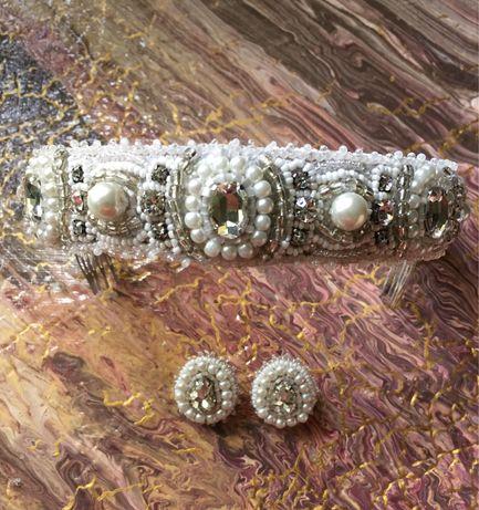 Продам комплект свадебных украшений ручной работы.