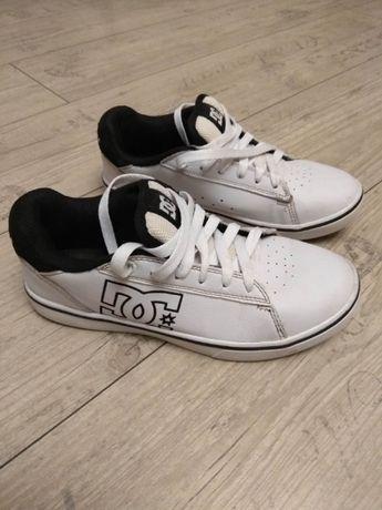 Подростковые кроссовки DCSHOECOUSA