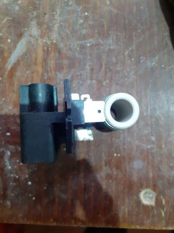 Резистор вентилятора ( датчик работы), хюндай елантра( киа форте) 2,0