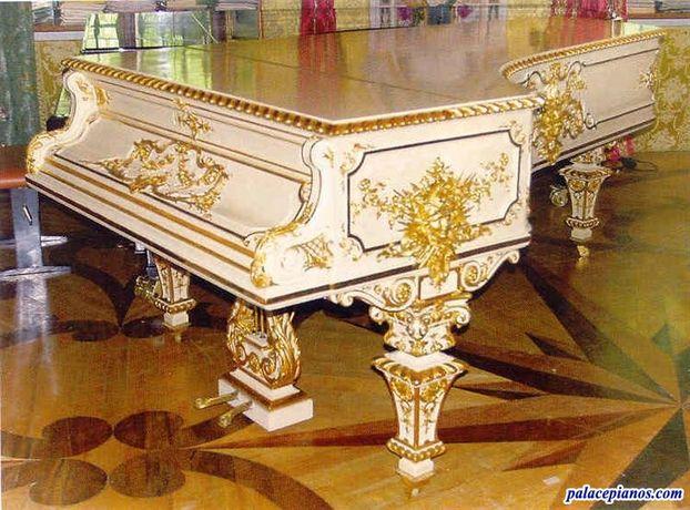 Afinador de pianos e restauro