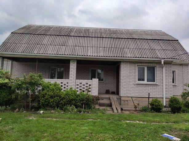 Продам дом в с. Омелянов 55 км от Киева.