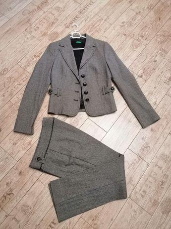 Брючный женский костюм Benetton, 44-46 размер, S