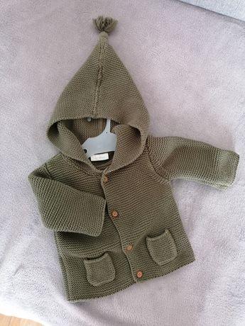 Sweterek next 3-6m khaki zapinany