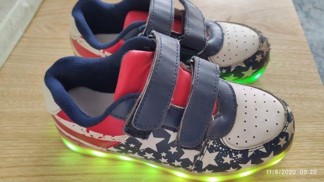 Детские светящиеся кроссовки для мальчика