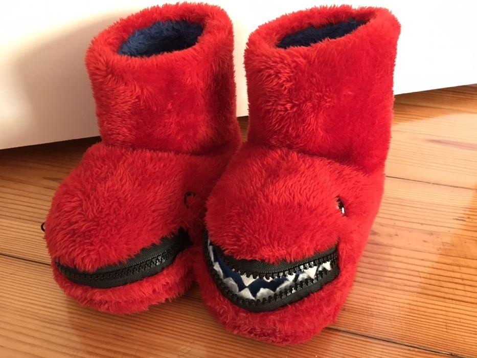 Czerwone kapcie buty po domu dla dziecka jak nowe smoki modne prezent Kielce - image 1