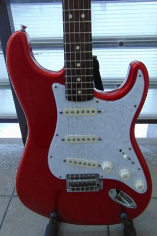 Fender stratocaster Mexico 2007 Chrome red
