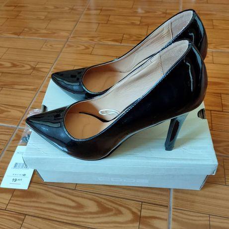 Sapato preto verniz