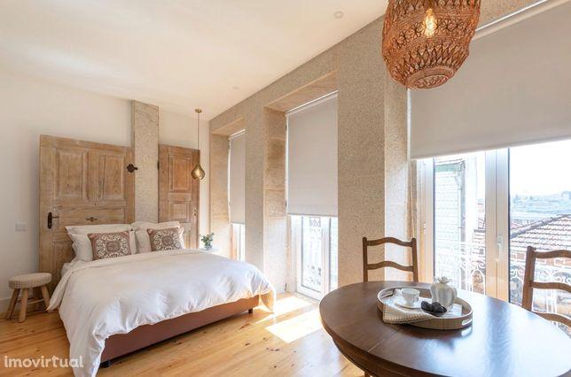 Apartamento T0 NOVO com verranda e vista maravilhosa !!