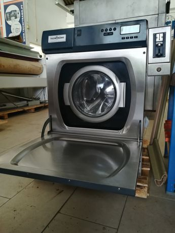Máquina de lavar self service