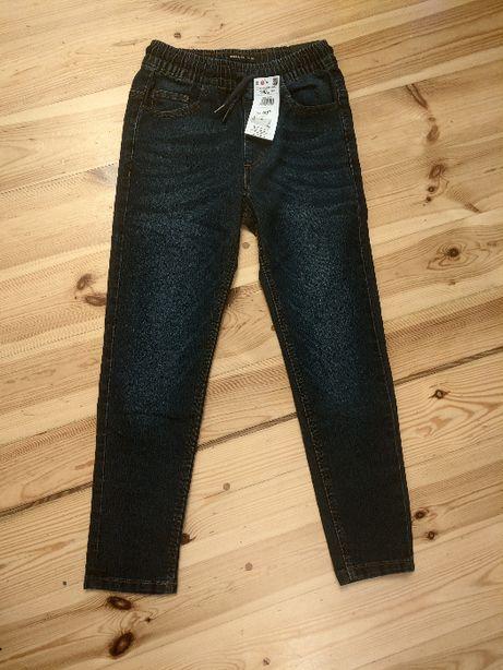 Spodnie jeans dla chłopca Reserved