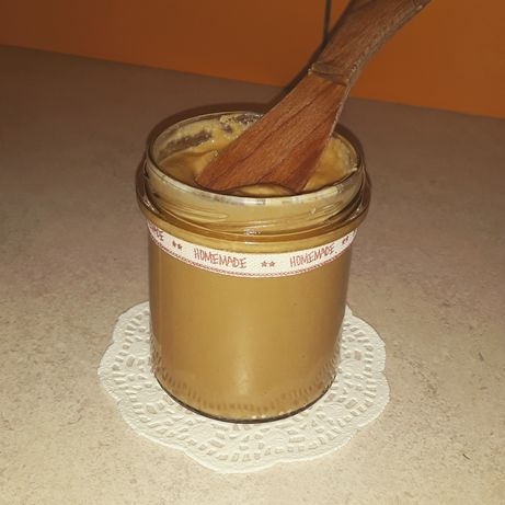 Maslo orzechowe z orzeszkow ziemnych.