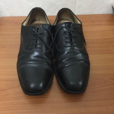 Мужские кожаные туфли итальянской фирмы Bruno Magli, 41 размер