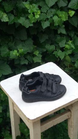 кроссовки -туфли спортивные Lonsdale