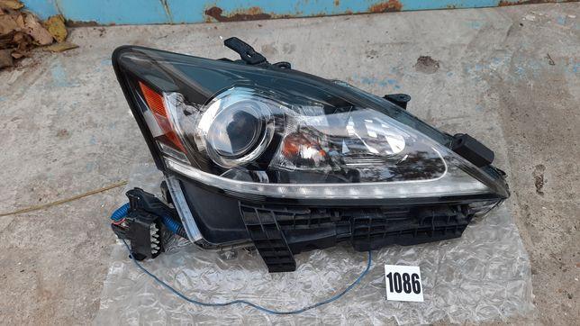 Фара правая Лексус ИС Lexus IS 1086