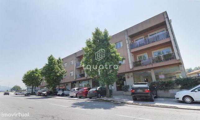 Apartamento T3 no centro da Vila de Riba de Ave
