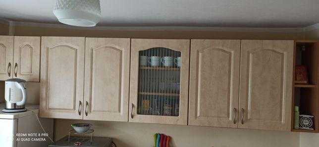 Zestaw mebli kuchennych+lodówka+stół szklany+4krzesla