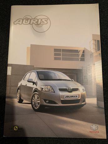 Prospekt Toyota Auris