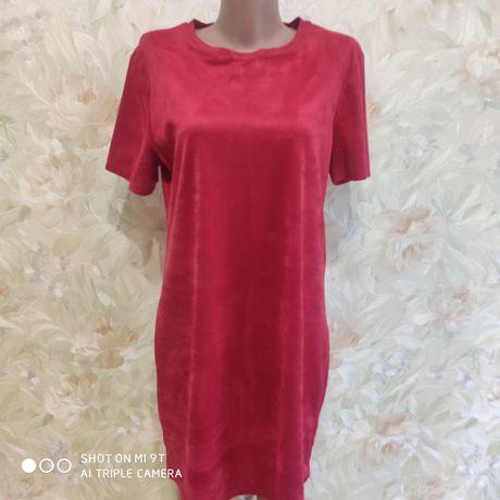 Фирменное платье ZARA TRAFALUK/велюр/замш/ р.48/Цвет клюква