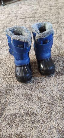 Продам детские зимние ботинки фирмы Campri
