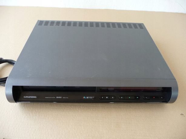 Leitor VHS Grundig VS 930 VPT - Avariado