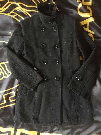 Płaszcz z ozdobną nitką r. S