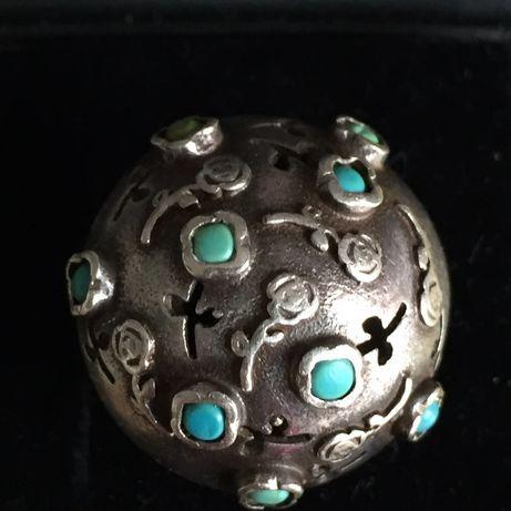 Warmet- srebrny pierścionek z turkusami.