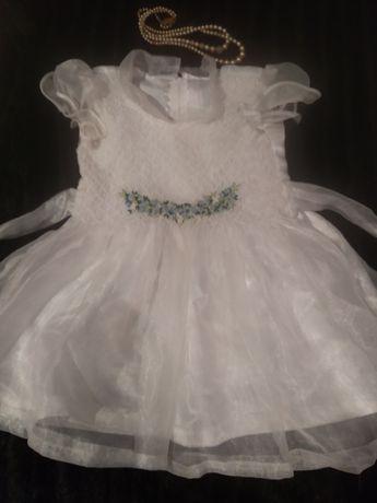 Прекрасное нарядное платье на День рождения , крестины, Новый год,