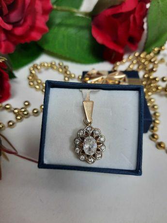 Piękna złota zawieszka  złoto 585
