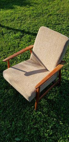 Fotele klubowe PRL