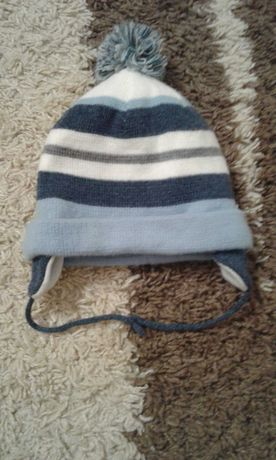 Теплая шапка на мальчика на 1 год