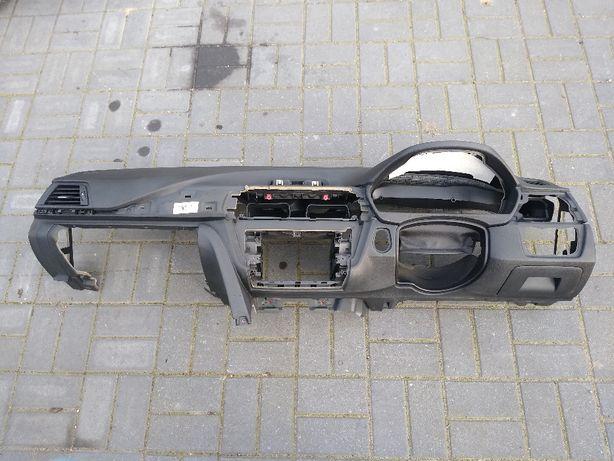 BMW F30 F31 F32 F36 deska konsola kokpit