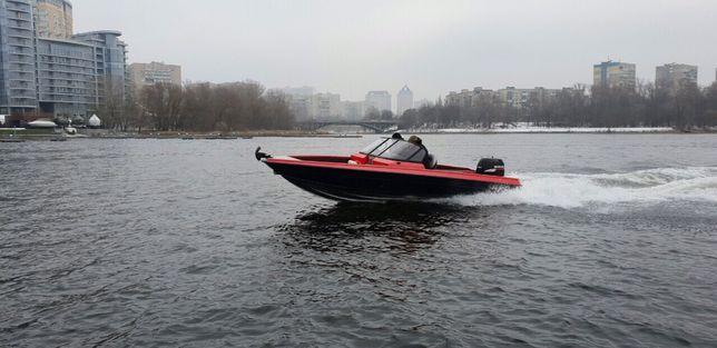 Продам новую лодку FurSeal 595