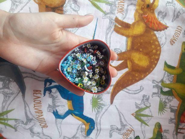 чокер из бисера цветочный чокер ожерелье