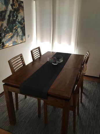 Mesa de jantar madeira maciça