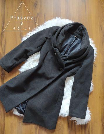 Szary płaszcz S