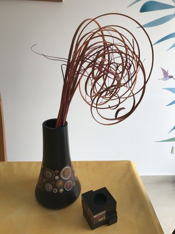 Conjunto jarra e porta-velas