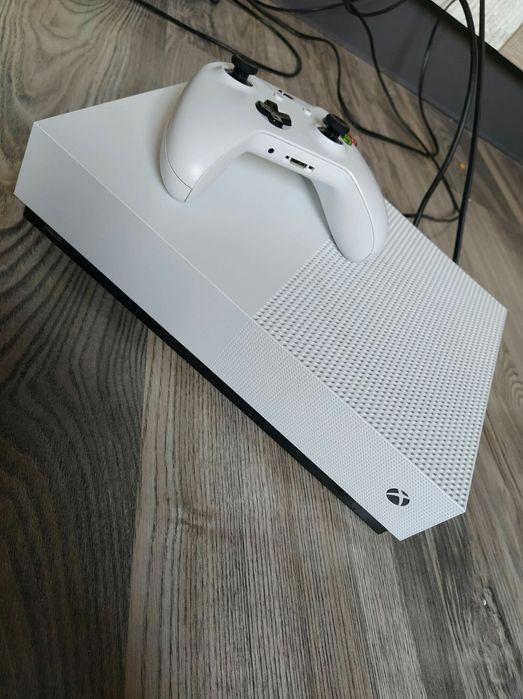 Xbox one all digital Wałbrzych - image 1